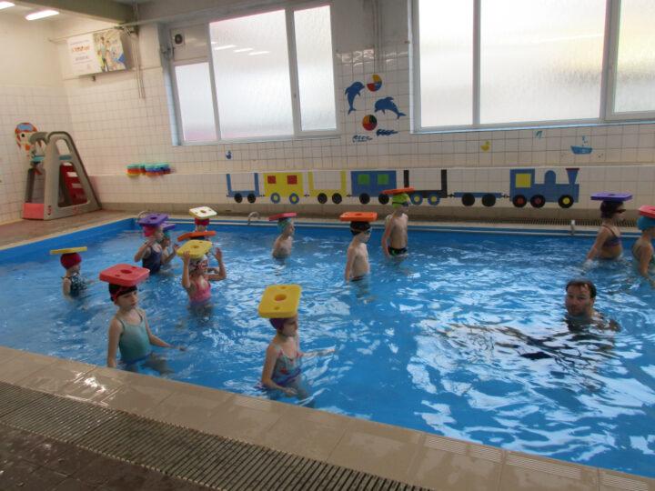 8. plavání Broučci