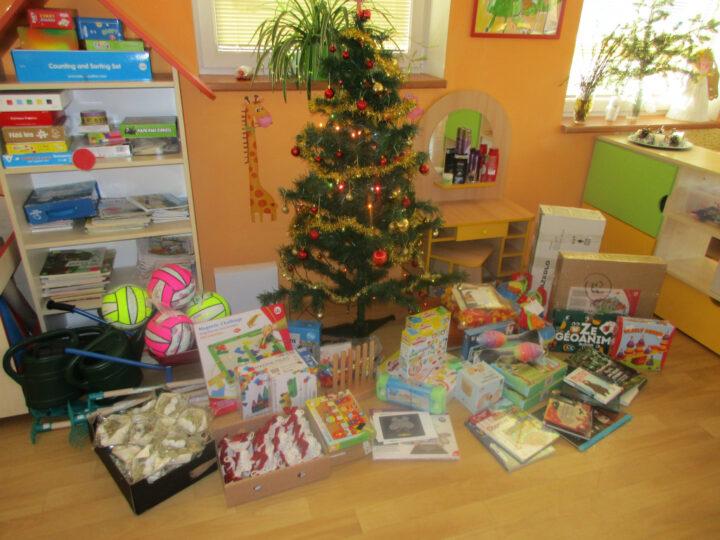 Vánoční nadílka u Broučků