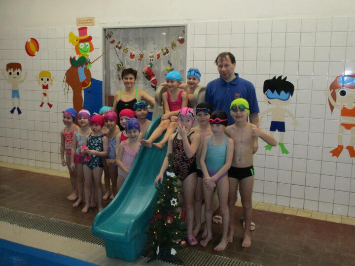 Vánoční plavání Broučci